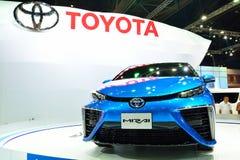 BANGKOK - 26 de marzo: Toyota Mirai, vehículo del motor del hidrógeno, en D Foto de archivo libre de regalías