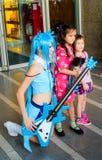 Una actitud cosplay del animado japonés no identificado. Fotos de archivo libres de regalías