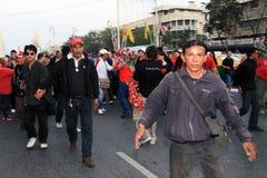 BANGKOK - 10 DEC: De rode Demonstratie van het Protest van Overhemden - Thailand Stock Fotografie