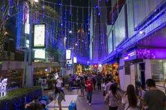 BANGKOK 31 December: Het winkelen Straatnacht bij platina het winkelen Royalty-vrije Stock Fotografie