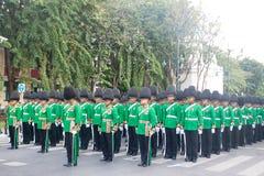 BANGKOK - 2. DEZEMBER: Thailändisches königliches Schutzmilitär während des Königs Stockbild