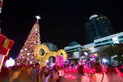 BANGKOK - 4. DEZEMBER: X'mas-Baum an zentraler Welt am 4. Dezember 2015 C Stockfoto