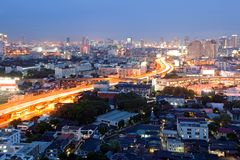 Bangkok Dowtown bij schemer Royalty-vrije Stock Foto