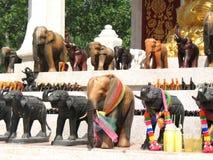 Bangkok, elefanti sul santuario religioso Fotografia Stock Libera da Diritti
