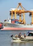 BANGKOK, février 26,2015 : Autorité portuaire de la Thaïlande Image libre de droits