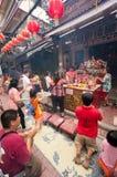 BANGKOK - FEBRUARI 10: Kinesiskt nytt år 2013 - berömmar in Fotografering för Bildbyråer