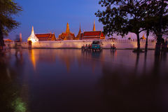 Bangkok flooding at grand palace Royalty Free Stock Photos