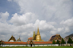 bangkok frontowy kaew gazonu phra wat Obraz Royalty Free