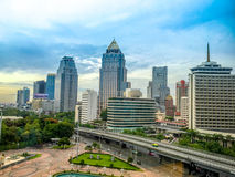 Bangkok horisont med Lumpini parkerar, Bangkok Thailand Arkivfoto
