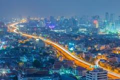 Bangkok i stadens centrum horisont på natten Royaltyfri Bild