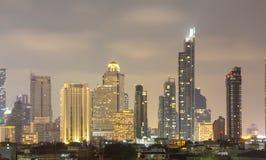 Bangkok im Stadtzentrum gelegen, Stadt-Lichtnacht stockbild