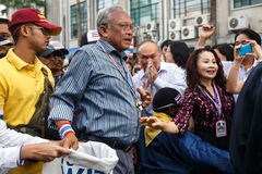 BANGKOK - JANUARI 9 2014: Suthep ledare av anti-regeringen Royaltyfri Bild