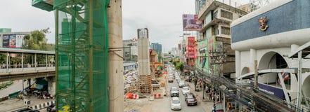 Bangkok - Juli 9: Panoramamening van het Bouwproject van B Stock Foto