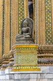 Bangkok: kleiner sitzender Buddha Lizenzfreies Stockfoto