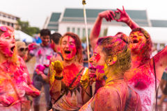 Bangkok la Tailandia 27 marzo 2016: Festival di Holi, Holi Rangotsav all'università di Thammasat, il 27 marzo 2016 a Bangkok, la  Fotografia Stock