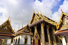Bangkok landmark - storslagen kunglig slott arkivfoton