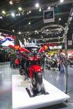 BANGKOK - MAART 30: Honda-motorfiets op vertoning bij de Internationale de Motorshow van 36ste Bangkok op 30 Maart, 2015 in Bangk Stock Foto