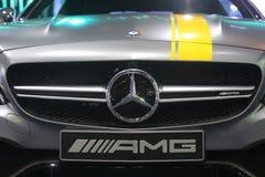 Bangkok - Maart 31: Mercedes Benz op grijze auto bij de Internationale Thailand de Motorshow 2016 van 37ste Bangkok op 31 Maart,  Stock Foto's