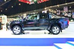 BANGKOK - 26 maart: Nieuw Volkswagen Amarok, neemt vrachtwagen, op D op Stock Afbeeldingen