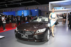 BANGKOK - MARCH 24: BMW Z4s Drive 20i car with Unidentified mode Royalty Free Stock Photos