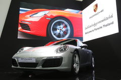 Bangkok - 31 mars : Carrera de Porsche 911 sur la voiture blanche au trente-septième Salon de l'Automobile international de Bangk Image stock