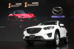 Bangkok - mars 31: Mazda CX-5 på den vita bilen på den 37th Bangkok internationella Thailand motoriska showen 2016 på mars 26 Fotografering för Bildbyråer