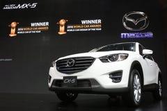 Bangkok, Marzec - 31: Mazda CX-5 na białym samochodzie przy 37th Bangkok Tajlandia Międzynarodowym Motorowym przedstawieniem 2016 Obraz Stock