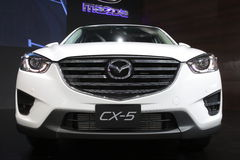 Bangkok, Marzec - 31: Mazda CX-5 na białym samochodzie przy 37th Bangkok Tajlandia Międzynarodowym Motorowym przedstawieniem 2016 Obraz Royalty Free