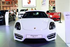 BANGKOK - Marzec 26: Nowy Porsche Cayman, sportowy samochód, dalej wystawia a Zdjęcie Royalty Free