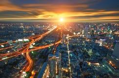 Bangkok miasto w Thailand widoku od wysokiego budynku z ruchem drogowym Zdjęcia Royalty Free