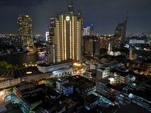 Bangkok nattsikt uppifrån royaltyfri foto
