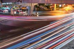 bangkok noc ruch drogowy zdjęcie royalty free