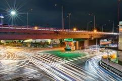 bangkok noc ruch drogowy zdjęcie stock