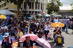 BANGKOK - NOVEMBER 11, 2013: Protesten mot amnestibien Royaltyfri Foto