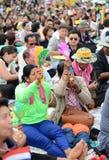 BANGKOK - NOVEMBER 11, 2013: Protesten mot amnestibien Royaltyfria Bilder