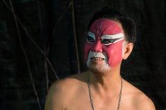BANGKOK - OKTOBER 16: En kinesisk operaacter Arkivfoto
