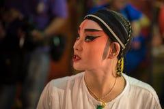 BANGKOK - OKTOBER 16: En kinesisk operaaktris Arkivfoton