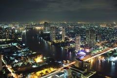 Bangkok på natten Arkivfoto