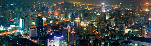 Bangkok por noche Imagen de archivo libre de regalías