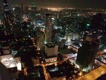 Bangkok por noche foto de archivo