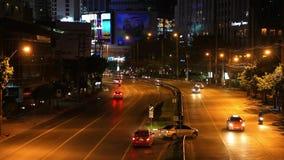 BANGKOK 3 SIERPIEŃ 2014 samochody rusza się podczas zbiory wideo