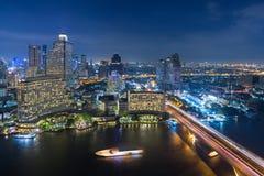 Bangkok-Skyline nachts Lizenzfreie Stockfotografie