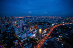 Bangkok-Skyline nachts Lizenzfreies Stockfoto