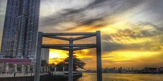 Bangkok solnedgångar i skymning av Thailand Arkivbild