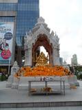 Bangkok spårar dess rotar till en liten handla stolpe under det Ayutthaya kungariket i det 15th århundradet, som växte slutligen  royaltyfri fotografi