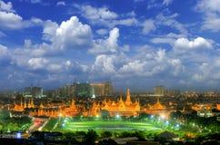 Bangkok stadsdag till natten Royaltyfri Bild