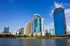bangkok stadsskycraper Arkivbild