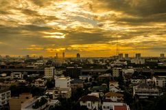 Bangkok-Stadt im Sonnenuntergang Lizenzfreie Stockfotos