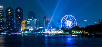 Bangkok-Stadt-Nachtlicht Stockfotografie