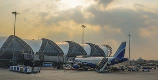 Bangkok Suvarnabhumi Lotniskowy budynek zdjęcie royalty free